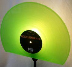 Stehlampe Schallplatte, Lampe, Design Standleuc... von VinylKunst Aurum - Schallplatten Upcycling der besonderen ART auf DaWanda.com
