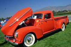 red Hudson pickup