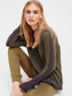 Maritza Veer || FP WE THE FREE  It's Time Super Comfy and Lightweight Washed Thermal (Forest /Black Combo)