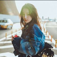 Dili Reba off to Milan for fashion week Korean Beauty, Asian Beauty, Prettiest Actresses, Ulzzang Korean Girl, Chinese Actress, Photo Instagram, Instagram Worthy, Beautiful Asian Girls, Uzzlang Girl