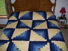 Custom size and colors... Log Cabin Quilt by SherrisQuilting on Etsy, $250.00