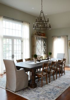 Massachusetts Family Home Tour - Town & Country Living Modern Dining Table, Dining Table Chairs, Dining Rooms, Family Room, Home And Family, Big Family, Front Rooms, Dining Room Inspiration, Dream House Plans