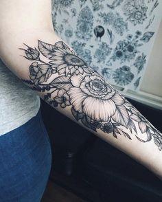 Flower forearm tattoo for women - 110  Awesome Forearm Tattoos  <3 <3 #tattoosformenforearm