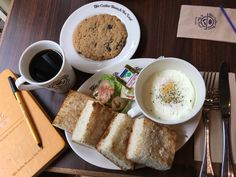 😍 I love breakfast! 🙌 @cbtlph Food for Thought 🍴🍳+ Oatmeal Cookie 🍪 and my beloved Cafe Americano ☕️  A scrumptious meal to let our brains work well, Saturdate with my love @angelofina16 👭 👌🏼   #FoodForThought #CoffeeBeanAndTeaLeaf #CBTL #CBTLPH #Food #Foodporn #Foodie #Foodstagram #TaraSaSouth #HappyTummy #FoodaholicAnonymous