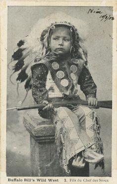 Native Child, Native American Children, Native American Photos, Native American Pottery, Native American Artifacts, Native American History, Native American Indians, Native Americans, Native Indian