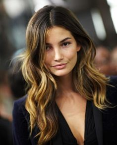 Lily Aldridge's class ombre hair color formula with Oway! First, you're going to need HColor, Oway's professional ammonia-free hair color line.