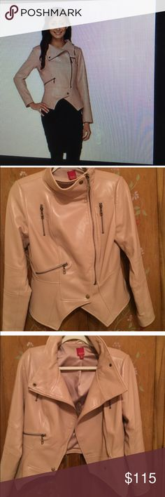 Gili Leather Moto Jacket Sz 6 Gili Leather Moro Jacket Sz 6.  This jacket is buttery soft and flexible.  It will rock any outfit!  I bought it on this site but it's a tad too big for me.  It's beautiful! Gili  Jackets & Coats Blazers