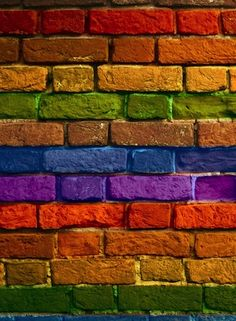 How To: Paint Brick - Murales Pared Exterior Painted Brick Walls, Paint Brick, Painted Tires, Brick Art, Wall Murals, Wall Art, Wall Exterior, Rainbow Aesthetic, Brick Wallpaper