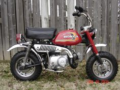 I had this Honda 50 before I got my Honda XR75....many fun times spent on this...I loved it!