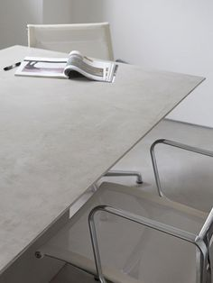 Wall/floor tiles with concrete effect MICROTOPPING - @idealwork