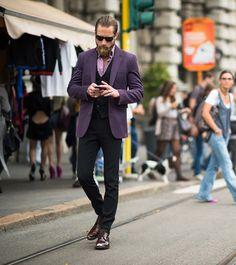 Justin O'Shea purple suit jacket & shiny shoes   SOLETOPIA