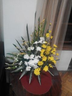 Choosing The Flower Arrangements For Church Wedding Altar Flowers, Church Flower Arrangements, Church Flowers, Floral Arrangements, Church Wedding Decorations, Wedding Altars, Flower Decorations, Wedding Ceremony, Wedding Flower Packages