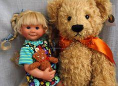 Erika Müller Wichtel doll et bear Lorenz villalebosquet.com