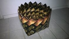 Photo in punonta Google, Crafts, Craft Ideas, Paper, Diy Ideas, Handmade Crafts, Diy Crafts, Craft, Artesanato