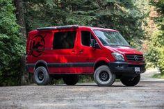 21 Models of Offroad Vans for Camping in The Interior Where The Road is Difficult to Get Through - Camper Life Sprinter Van, Mercedes Sprinter Camper, Retro Caravan, Camper Life, Truck Camper, Iveco Daily 4x4, Volkswagen Routan, Mercedes Van, Vanz