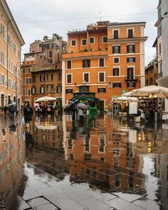Glad it rained ain't so bad for the lights and reflection after all.  #travel #backpacking #wanderlust #hkig #beautiful #love #cultural #amazing #tourist #life #hot #travelling #travelgram #explore #adventures #picoftheday #likes #instagood #igers #pretty #cool #follow #colourful #life #travelers #instatravel #Rome #Europe
