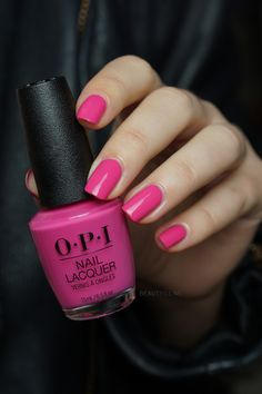 OPI No Turning Back From Pink Street OPI Lisbon collection nail jenner nail wedding nail nail nail nail Opi Nail Polish Colors, Nail Polish Art, Opi Nails, Bright Pink Nails, Purple Nails, Nail Pink, Spring Nail Colors, Spring Nails, Nail Summer