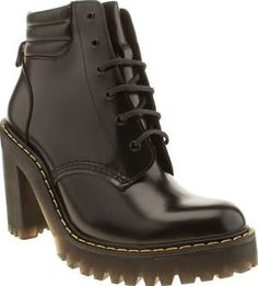 Dr Martens Black Seirene Persephone 6-eye Womens Ladies, its time to channel your fierce feminine vibes with the Seirene Persephone 6-eye. Dr Martens bring us another air cushioned beauty