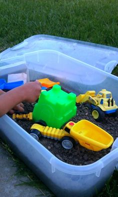 Sensory big bin, dirty outdoor play done easy!
