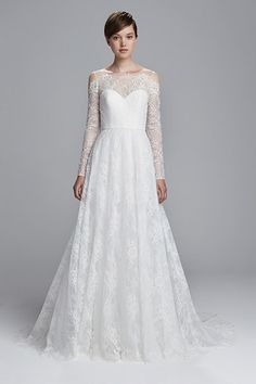 For couples who want to get married, wedding gown becomes one of the important elements as a complement to the day of happiness. Like makeup, every year the wedding gown also has its own trend that… Spring 2017 Wedding Dresses, Wedding Dress Trends, New Wedding Dresses, Designer Wedding Dresses, Bridal Dresses, Long Sleeve Wedding, Wedding Dress Sleeves, Lace Wedding, Gown Wedding