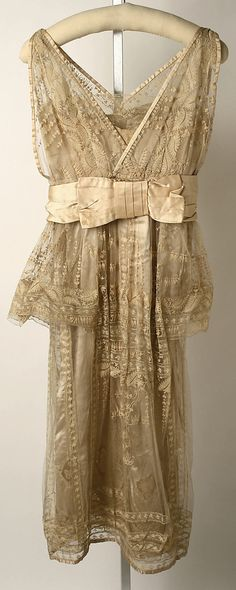 1915, United Kingdom - Silk evening dress by Lucile