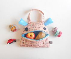 Kids Hand bag eater  Zé Snack-glutton: lunch bag  funny by Zezling