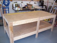 Assembly table for shop by daveh @ lumberjockscom, simple table Woodworking Projects Plans, Woodworking Shop, Woodworking Workbench, Architecture Art Nouveau, Assembly Table, Workshop Storage, Easy Wood Projects, Diy Furniture Plans, Storage Design