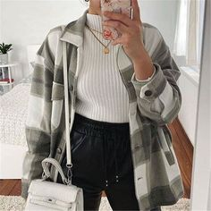 Winter Mode Outfits, Winter Fashion Outfits, Fall Outfits, Vest Outfits, Coats For Women, Jackets For Women, Clothes For Women, Checked Shirt Outfit, Spring Jackets