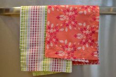 Easy Fat Quarter Tea Towels: New Tutorial! Gift Idea (or for my kitchen since I can't find any I like).