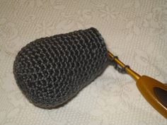 tussen. Knitted Hats, Quilts, Knitting, Blog, Scrappy Quilts, Tricot, Quilt Sets, Breien, Stricken