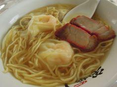 八雲特製ワンタン麺