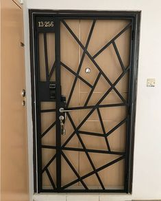 Front Gate Design, House Gate Design, Door Gate Design, Door Design Interior, Main Door Design, Entrance Design, Window Grill Design Modern, Balcony Grill Design, Grill Door Design