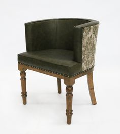 It has a small footprint but offers great comfort for dining or lounging in restaurants, pubs & hotels. The chair is manufactured in oak and has a traditional turned front leg. Traditional Chairs, Traditional Furniture, Rv Tips, Tub Chair, Footprint, Restaurants, Hotels, Dining, Table