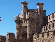 Escritos Celtas. CASTILLO DE PONFERRADA. Provincia de León (Spain).