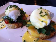love eggs benedict... I would like to find a low cal approach to hollandaise sauce
