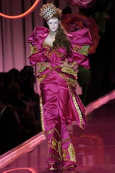 Christian Dior | Fall 2004 Couture Collection | Style.com