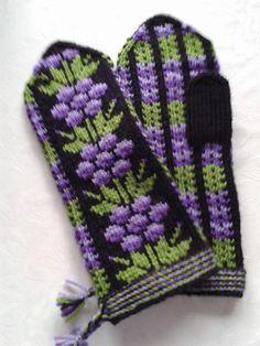 Vantar Knit Mittens, Knitting Socks, Knitted Hats, Ear Warmers, Charts, Gloves, Fantasy, Inspiration, Knits
