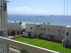 No. 37 La Palma Villas - No. 37 La Palma Villas is set in Die Voor Bay, Mossel Bay. The area is a popular holiday destination, offering the warm waters of the Indian Ocean.  This flat has two bedrooms, one with a double bed and ... #weekendgetaways #mosselbay #southafrica