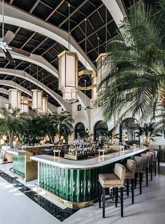Discover more about The Surf Club Restaurant in Miami! The exclusive restaurant located in the Four Season Surf Club Hotel partly designed by Joseph Dirand. Four Seasons Hotel, Four Seasons Surf Club, Interior Design Minimalist, Restaurant Interior Design, Home Interior Design, Interior Decorating, Design Interiors, Decorating Tips, Luxury Interior