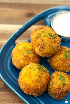 Leftover Mashed Potato Bombs are the appetizer of your dreams!