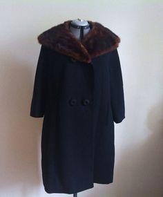 1950s / 1960s fur collar winter coat FREE SHIPPING by KerriedAway, $85.00