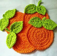 "Lakeview Cottage Kids: FREE Pattern for ""Oranges"" Crochet Coaster Set! Lakeview Cottage Kids: FREE Pattern for Oranges Crochet Coaster Set! Crochet Kitchen, Crochet Home, Love Crochet, Crochet Crafts, Yarn Crafts, Crochet Projects, Diy Crafts, Crochet Coaster Pattern, Crochet Motif"
