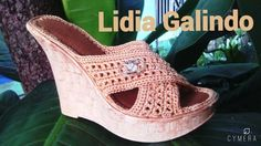 Одноклассники Crochet Sandals, Crochet Shoes, Crochet Slippers, Knit Crochet, Strap Sandals, Flip Flop Sandals, Shoes Sandals, Make Your Own Shoes, Crochet Flip Flops