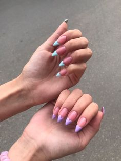 Nail art is certainly not a new trend. On the contrary, nail art has always existed but has never been so widespread. Nail art has transformed from a few d Aycrlic Nails, Swag Nails, Grunge Nails, Bling Nails, Glitter Nails, Pastel Nails, Purple Nails, Stylish Nails, Trendy Nails