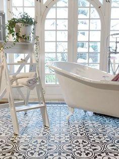 patterned mosaic bathroom tiles 920 twin pine pinterest fliesen bodenfliesen und badezimmer. Black Bedroom Furniture Sets. Home Design Ideas