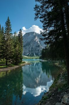 Lago di Braies in the Prags Dolomites ~ South Tyrol, Italy Places To Travel, Places To See, Wonderful Places, Beautiful Places, Photos Voyages, Italy Vacation, Italy Travel, Nature Pictures, Amazing Nature