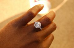 Someone tell my future hubby to look at my pinterest before the proposal! This is the ring