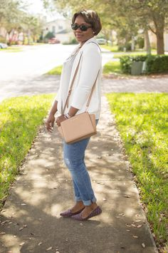 A Gap tee and jeans as featured on the blog Pink Sole.