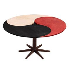 Yin Yang Table  England  Mid 20th Century  Adjustable, Circular or Oval Dining Table