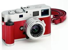 oh my gosh....everything about this. a camera in my favorite color..and favorite brand...... *faint*